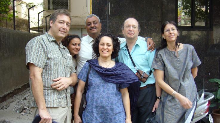 Farokh et le groupe français en stage à Bombay