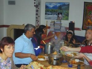Le Dr. Farokh Master ches Edouard Broussalian en 2006 lors d'un séminaire privé.